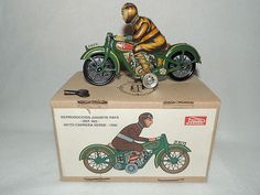 Vintage Paya Tin Wind Up Motorcycle with Rider 922 Historical Toys Excellent | eBay