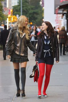 "Whether she was rocking bright red tights or a pastel blue bucket hat, Blair Waldorf was without a doubt a fashion icon. Here are 31 of her most memorable outfits on ""Gossip Girl. Gossip Girls, Style Gossip Girl, Moda Gossip Girl, Gossip Girl Serena, Gossip Girl Seasons, Gossip Girl Outfits, Gossip Girl Fashion, Gossip Girl Uniform, Blair Waldorf Outfits"