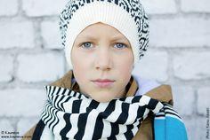 Ornamon Design Joulumyyjäisistä löytyy niin muotia, asusteita ja koruja, kodin sisustusta kuin lifestyle-tuotteitakin koko perheelle. Tapahtuma järjestetään Helsingin Kaapelitehtaalla 4.-6.2015. #design #joulu #designjoulumyyjaiset #joulumyyjaiset #kaapelitehdas #christmas #helsinki #finland #event #interior #minimalism #graphic #selected #design #accessories #fashion #familyevent #ornamo #kauneve Winter Hats, Beanie, Helsinki, Accessories, Lifestyle, Design, Fashion, Moda, Fashion Styles
