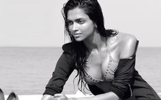 Deepika Padukone showing cleavage