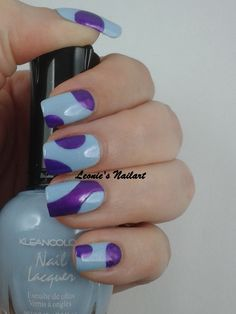 #31dc2 Day 3 Blue or Violet. Part 1 without dots. I couldn't choose, so its both ;) Kleancolor Pastel Blue with Sinful Colors Cinderella and Catrice Heavy Metallilac. Leonie's Nailart