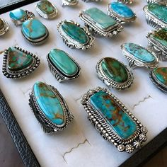 I spy some gorgeous Royston, Kingman & Turquoise Mountain beauties! All available in our shop. Not your size - message us, most of our rings can resized. • • • • • • www.sunfacetraders.com • • • • • • • • ➖➖➖➖➖➖➖➖➖➖➖ #SunfaceTraders #NativeAmericanJewelry #navajojewelry #turquoise #roystonturquoise #turquoiseobsession #turquoisejewelry #westernstyle #rodeostyle #southwesternjewelry #americanmade #handmadeturquoisejewelry #turquoiseoverdiamonds #americanturquoise #turquoisejewelryforsale…