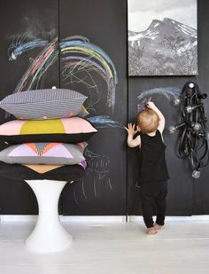 Chalk board walls to draw on while Mom and Dad are shopping? Cottage Chic, Store Concept, Spring Activities, Cushion Fabric, Creative Play, Textiles, Ceramic Artists, Kid Spaces, News Online