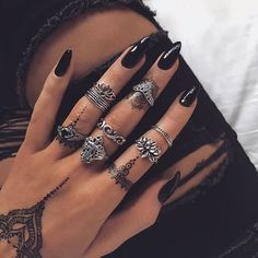 »too glam to give a damn«  ☼☾ #jewels