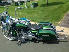 2006 Road King 21' front with fishtails.