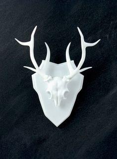 Faux Deer Taxidermy / TheRogueAndTheWolf