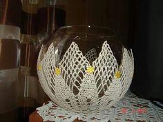 Kula Crochet Basket Pattern, Crochet Patterns, Crochet Angels, Filet Crochet, Decoration, Wine Glass, Centerpieces, Knitting, Mini