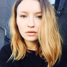 Adopt her hair style, beautiful two-tone hair extensions looks fantastic. Make your hair style astonishing just like Emily Browning. Read the blog tutorial for more information.   #hairstyle #Twotone #extensions #hair #style# celebritystyle #Brownblondmix   #hair #style #twotone#extensions