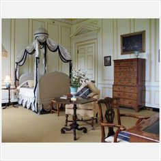 A bedroom at Ditchley