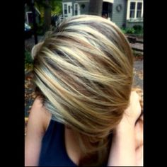 Fresh color for fall. Blonde highlights + caramel lowlights. Love this color