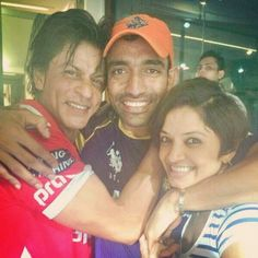 Embedded image permalink-Happy owner SRK with the Orange Cap holder Robbie Uthappa and his wife.