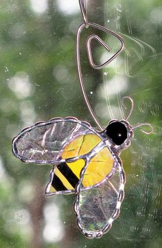 Stained+Glass+Suncatcher++Yellow+Honey+Bee+with+clear+by+GLASSbits,+$15.00