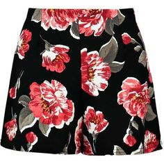 Holly Floral Print Crepe Shorts (35 BRL) ❤ liked on Polyvore featuring shorts, bottoms, skirts, flower print shorts, floral printed shorts, floral shorts and floral print shorts