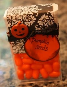 Pumpkin seeds (tic tacs) as party favor for Halloween Halloween Favors, Halloween Goodies, Holidays Halloween, Halloween Treats, Fall Halloween, Halloween Decorations, Halloween Party, Halloween Stuff, Halloween Recipe