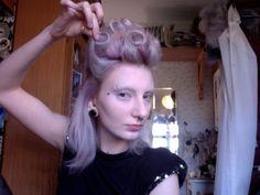 tutorial for 18th c. style hair - click through
