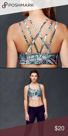 d762d2911707e PINK Victoria s Secret Yoga Push Up Sports Bra NWT