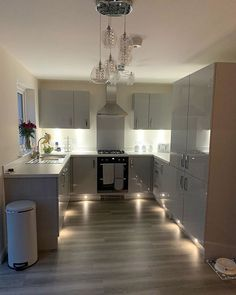 Obsessed with my kitchen, only room that looks presentable just now! Amtico Flooring, Kitchen Flooring, Kitchen Cabinets, Luxury Vinyl Tile, Floor Design, Contemporary, Room, Furniture, Home Decor