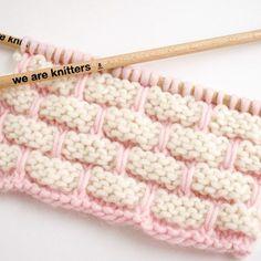 On vous offre la meilleure variété de type de points que vous pourrez rencontrer en laine, coton et trapilho. À tricoter ou crocheter.