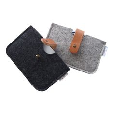 Minimalist Wool Felt leather Wallet -Credit card case- charcoal/ silver gray.Hand tooled leather latch.The rounded corners and the small size fit nice