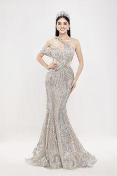 Glam Dresses, Tight Dresses, Pretty Dresses, Girls Dresses, Formal Dresses, Wedding Dresses, Blackpink Fashion, Abaya Fashion, Fashion Outfits