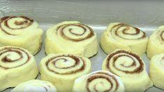 The Recipe For Cinnabon's Classic Cinnamon Roll Here!Get The Recipe For Cinnabon's Classic Cinnamon Roll Here! Cinnabon Cinnamon Rolls, Vegan Cinnamon Rolls, Breakfast Cheese Danish, Strawberry Cinnamon Rolls, Banana Pudding Poke Cake, Mini Cheesecake, Food Wishes, Danish Food, Homemade Vanilla