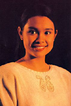 Lea Salonga in Miss Saigon 1991....love her....my very first play in London when I was 18