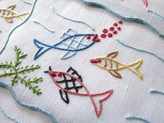 FAB FISH Vintage Madeira Hand Embroidery 12 Cocktail Napkins BUBBLES & BIG LIPS