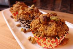 Pistachio and Pumpkin Chocolate Muffins (low carb, keto) Low Carb Sweets, Low Carb Desserts, Low Carb Recipes, Real Food Recipes, Cooking Recipes, Ketogenic Recipes, Gf Recipes, Recipies, Low Carb Breakfast