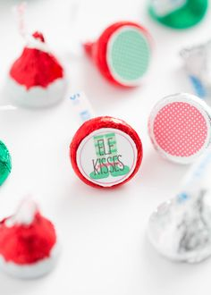 Elf Kisses Free Printable - the most adorable treat for your Elf to bring to your kids.