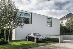 La Villa V3 est une habitation familiale imaginée et réalisée par le studio d'architecture ARDESS, elle se trouve dans la ville de Risskov au Danemark. Côt