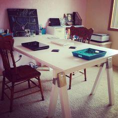Simple Sawhorse Desk