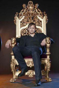 King Alexander Skarsgard... Mmmm yes, your Majesty ;)