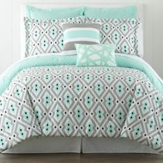 Happy Chic by Jonathan Alder Nina Comforter Set and Accessories