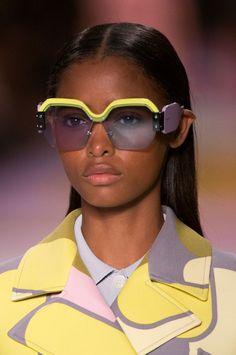 The Best Eyewear of Spring 2017 Fashion Shows – The Impressi… – Glasses Fashion 2017, Fashion Show, Miu Miu Glasses, Sunglasses 2017, Glasses Shop, Funky Glasses, Fashion Eye Glasses, Eyeglasses For Women, Manolo Blahnik