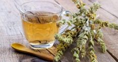 Greek mountain tea has been used since ancient times as medicine and refreshment, a memory and energy booster and is one of Greece's most popular herbs Natural Health Remedies, Natural Cures, Herbal Remedies, Home Remedies, Natural Treatments, Thyme Benefits, Alzheimer, Healthy Aging, Eat Right