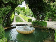 Alhambra garden design | The Alhambra Palace of Granada