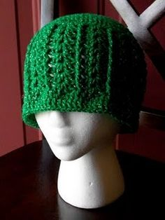 Shells and Cables Hat free #crochet #hat #pattern