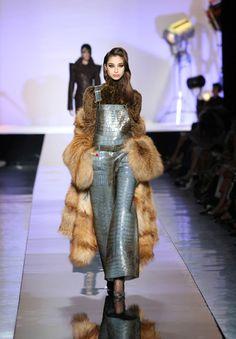Jean-Paul Gaultier Haute Couture - Fall Winter 09/10 - salopette en croco ......