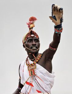 Masai cricket team - Masai warriors play cricket for social change - Pictures - CBS News http://www.cbsnews.com/pictures/masai-warriors-play-cricket-for-social-change/8/