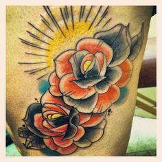 Dos Roses. #reillyinks #rosetattoo #hourglasstattoo #colortattoo #tattoo #bostontattoo www.empiretattooinc.com