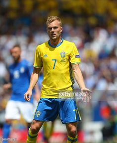 ニュース写真 : Sebastian Larsson of Sweden during the UEFA EURO...