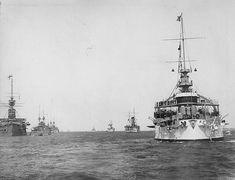 1903: USS Kearsarge leading the U.S. fleet past British battleships during a visit to England.