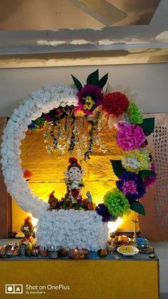 Ganpati Decoration Theme, Eco Friendly Ganpati Decoration, Mandir Decoration, Ganapati Decoration, Diy Diwali Decorations, Backdrop Decorations, Festival Decorations, Flower Decorations, Ganesh Chaturthi Decoration