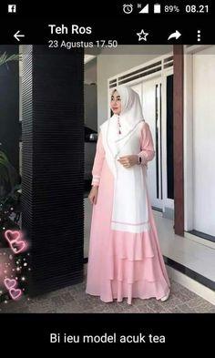 Fashion Tights, Abaya Fashion, Modest Fashion, Fashion Dresses, Hijab Dress Party, Muslim Dress, Islamic Clothing, Beautiful Hijab, Mode Hijab