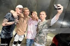 UK pop duo and teen stars Bars & Melody and norwegian twin brothers pop duo and teen stars Marcus & Martinus Photo Session on June 2017 in Berlin, Germany. Get premium, high resolution news photos at Getty Images Max Schneider, Bars And Melody, The Cw Shows, Twin Brothers, New Music, Photo Sessions, Cute Boys, Leo, Fashion Clothes