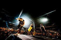PRIMAL FOOTMARK WEB-ONE OK ROCK