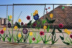 Resultado de imagen de verja jardin malla patio colegio