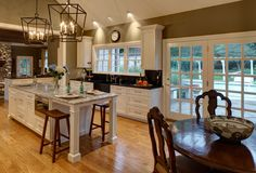 The Drury Design interior design portfolio showcases over 35 years of kitchen and bath design and luxury home remodeling. Kitchen And Bath Design, Kitchen Tops, New Kitchen, Kitchen Designs, Kitchen Ideas, Kitchen Island, Baths Interior, Interior Design Portfolios, Transitional Kitchen
