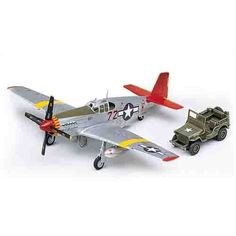 "Aircraft Aero Military Model 1/72 P-51C ""Mustang Red Tails"" #12501"