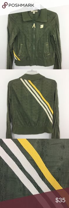 b6eb72cfb876 Free People Army Green Jacket Retro Stripes Zip Up Cute short zip up jacket  with 2